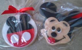 Mickey costa e frente